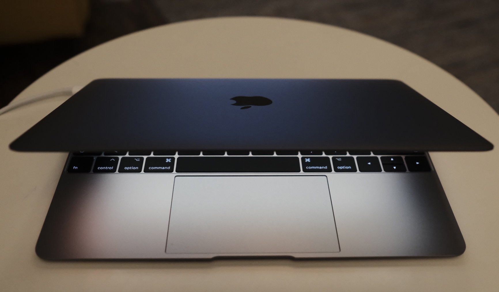 "Macbook 12"" (2017)"
